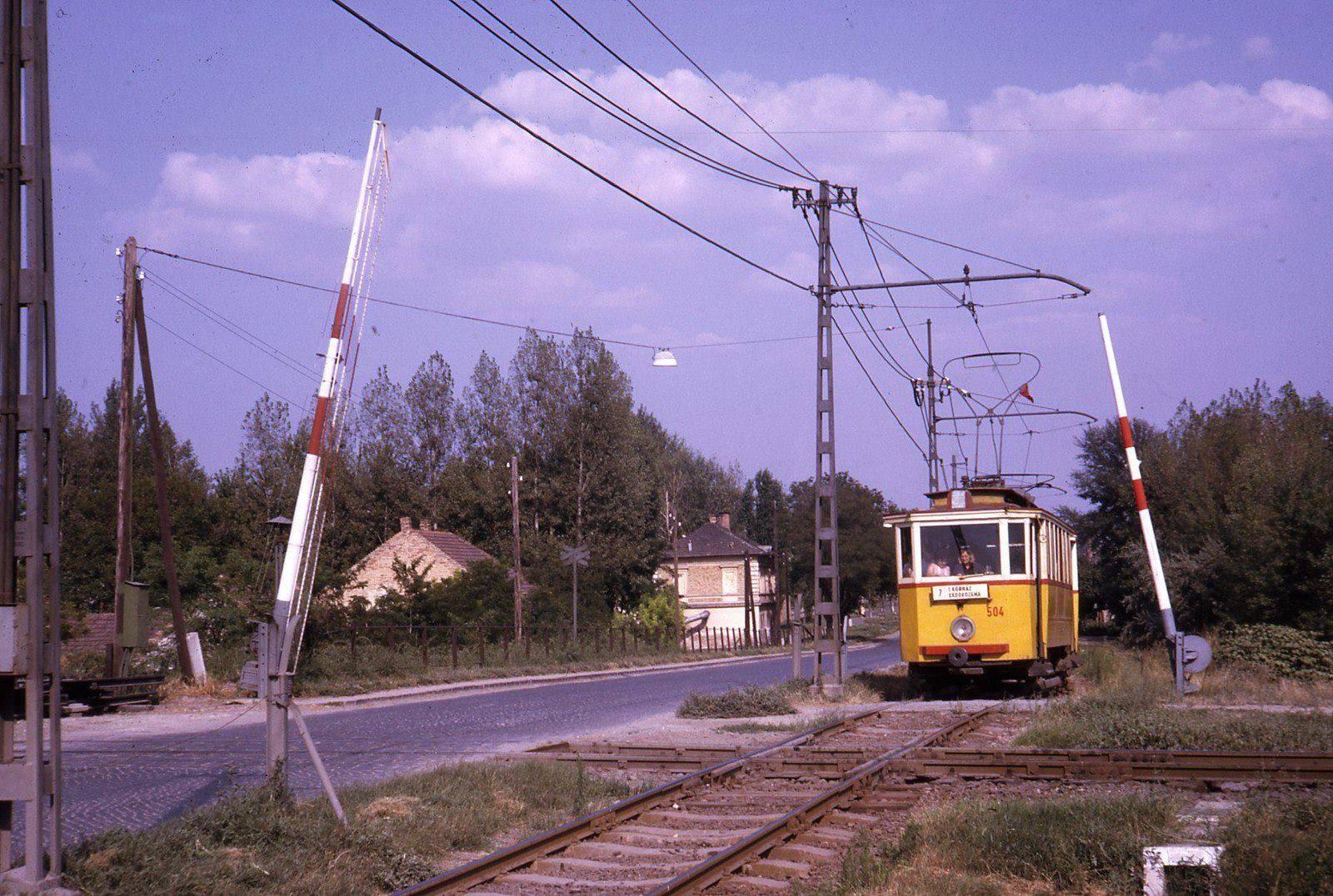 A te utcádban is járt villamos régen?