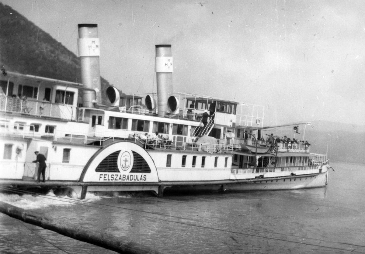 100 éves a Szőke Tisza gőzös